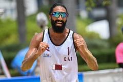 M.Essam-cheering-2