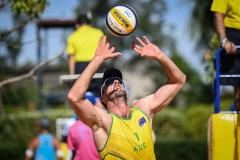 McHugh-Christopfer-AUS-set-the-ball