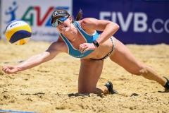 Polley-Shaunna-Marie-NZL-dig-the-ball