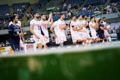 001IRI_players_enter_the_match_court