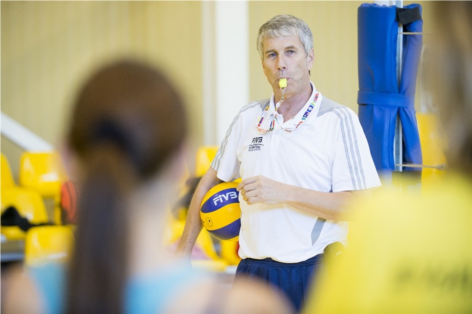 FIVB APPROVES 74 COACHES COURSES IN 2019