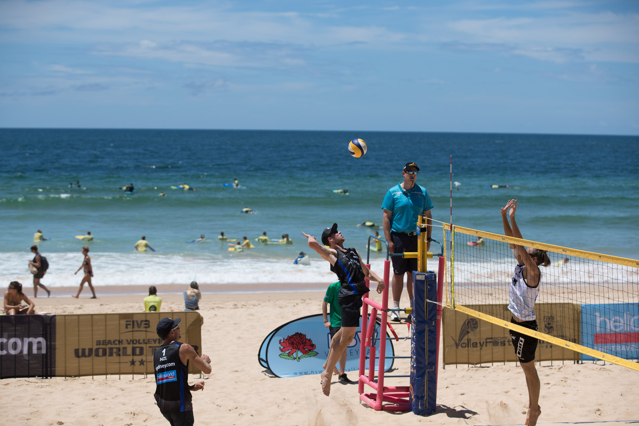 FIVB WORLD TOUR RETURNS TO MANLY BEACH