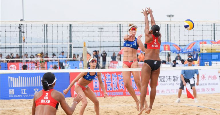 LEHTONEN/ATHIAINEN PULL TOGETHER FOR JINJIANG MAIN DRAW