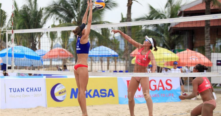 RUSSIANS DOMINATE TUAN CHAU POOL STAGE