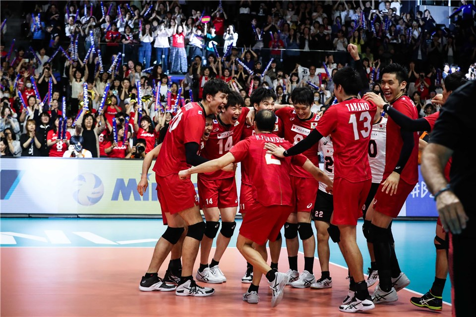 JAPAN DELIGHT HOME FANS WITH STRAIGHT-SET WIN AGAINST ARGENTINA