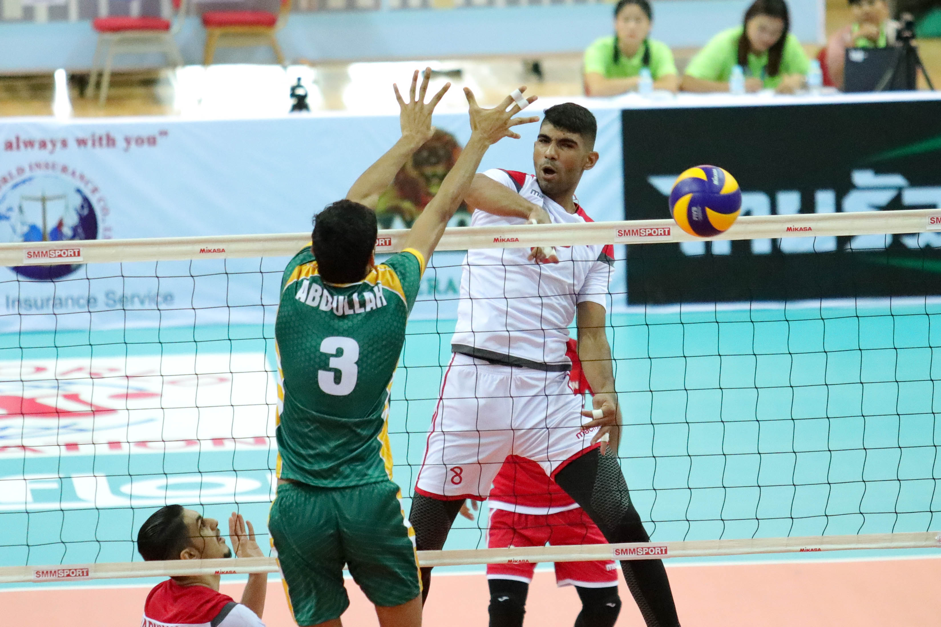 PAKISTAN SEE OFF BAHRAIN IN STRAIGHT SETS