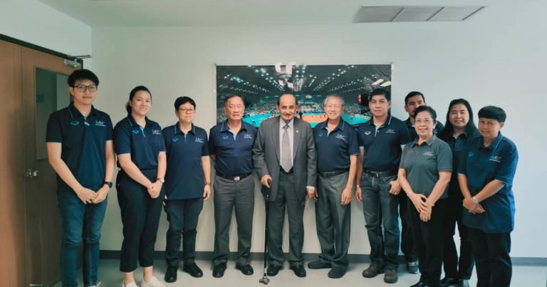 AVC PRESIDENT VISITS HEADQUARTERS IN BANGKOK ON HIS WAY TO SEOUL