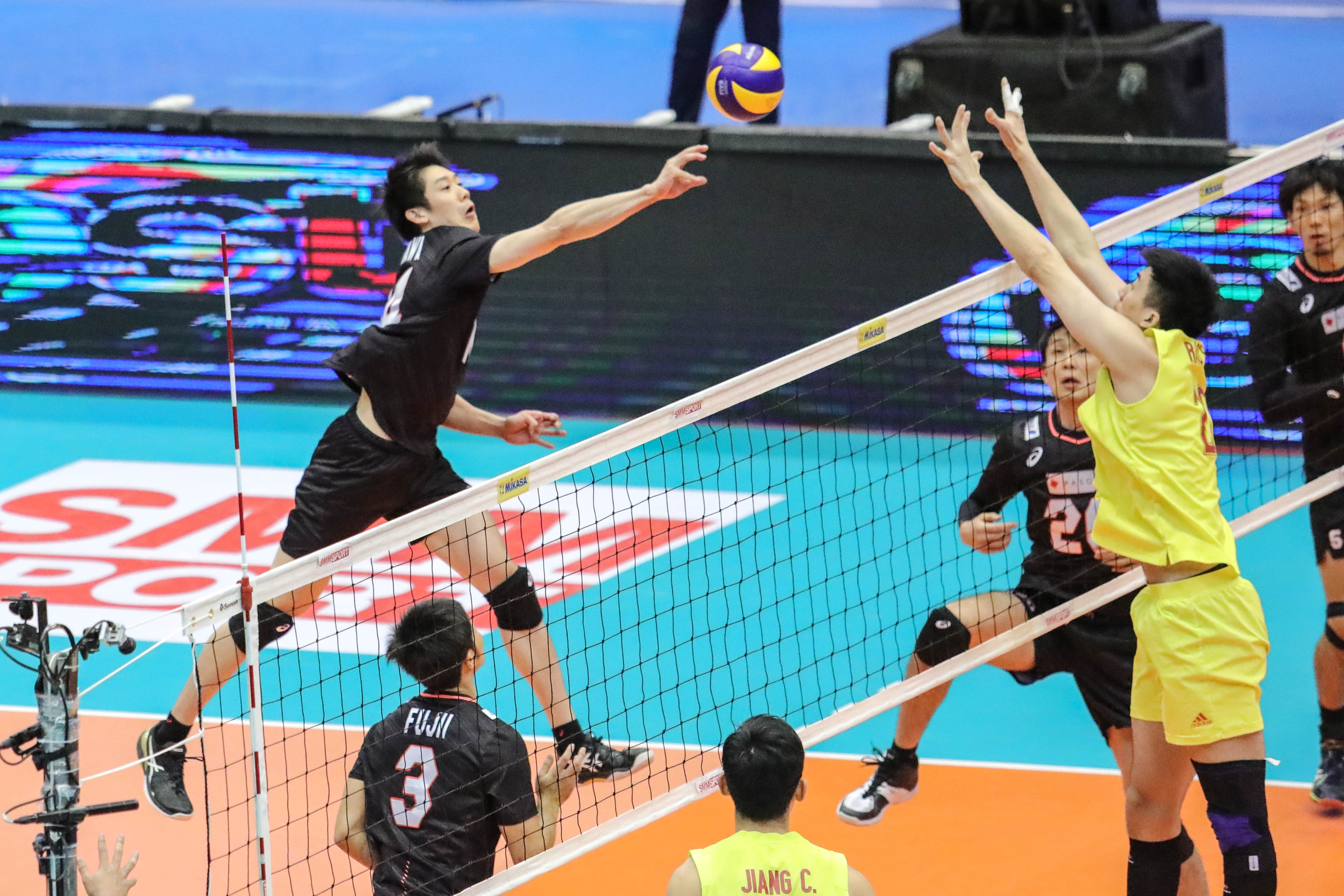 ISHIKAWA LEADS CLASSY JAPAN TO EXCEPTIONAL FOUR-SET WIN AGAINST CHINA AND SEMI-FINALS