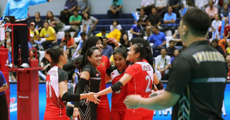 INDONESIA STRUGGLE TO BEAT PHILIPPINES AT SAT THAILAND VOLLEYBALL INVITATION