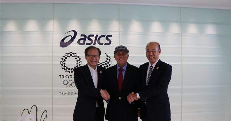 FIVB PRESIDENT REAFFIRMS COMMITMENT TO PARTNERSHIP WITH ASICS