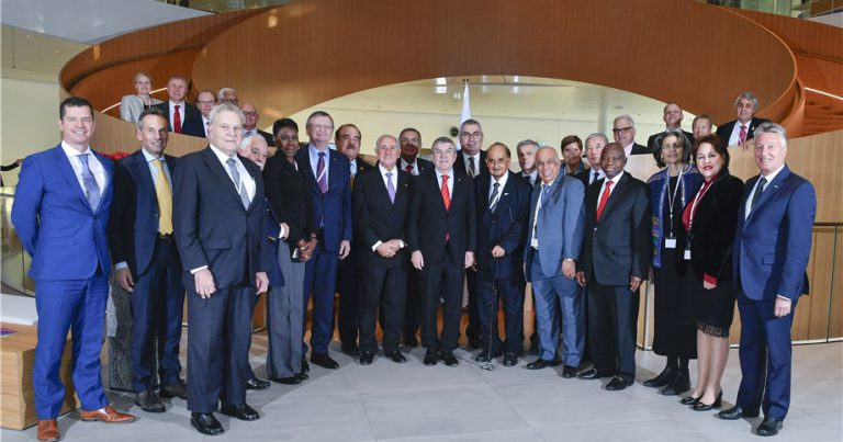IOC PRESIDENT PRAISES FIVB IN HISTORIC JOINT MEETING