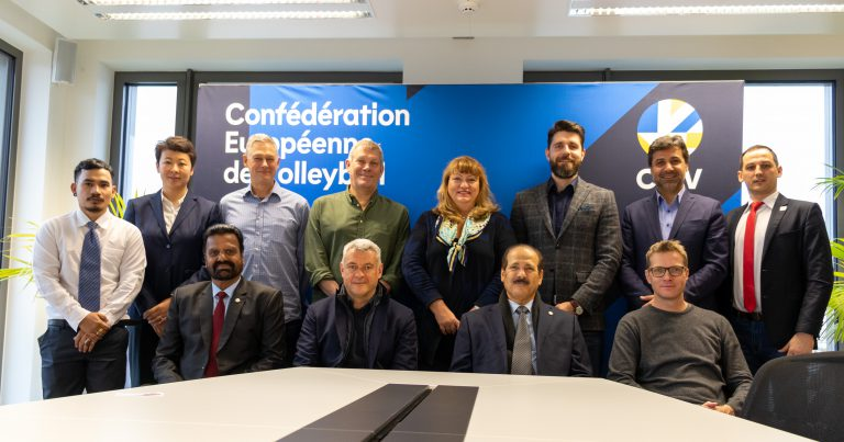 CEV AND AVC KICK-START JOINT WORK ON COACHES' EDUCATION