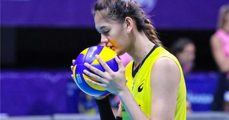 JAJA SANTIAGO: STANDING TALL FOR MY COUNTRY