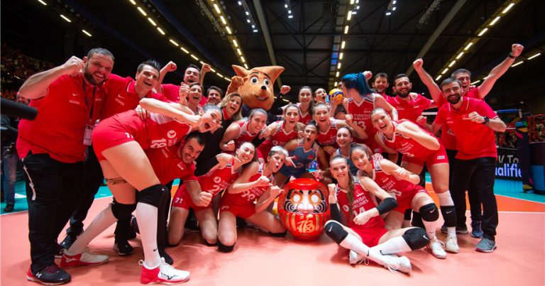 """FIVB PRESIDENT: """"159 GRANTS APPROVED FOR OUR SPORT THROUGH OLYMPIC SOLIDARITY"""""""