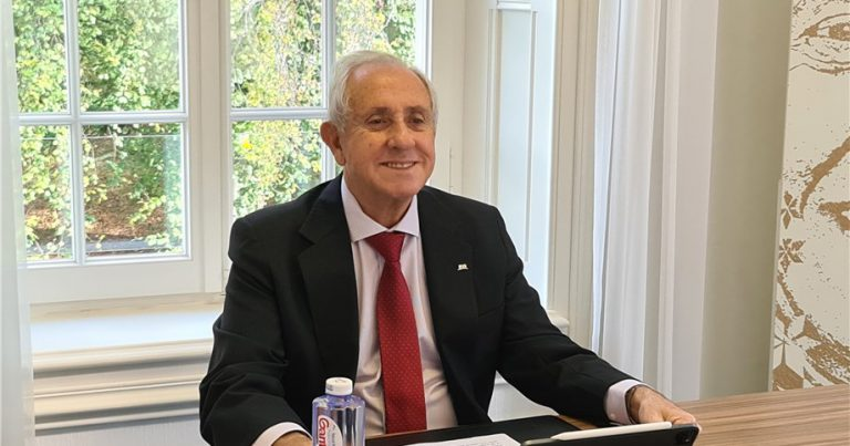 FIVB PRESIDENT SPEAKS AT AVC BOARD OF ADMINISTRATION MEETING
