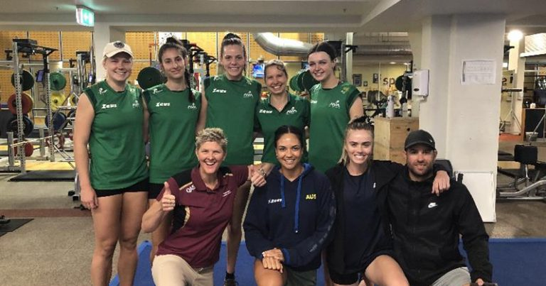 AUSTRALIAN VOLLEYBALL ACADEMY VISITS WOMEN'S BEACH VOLLEYROOS