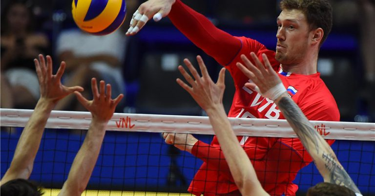 MUSERSKIY AND SUNTORY FLY TO FIRST PLACE IN JAPAN MEN'S LEAGUE