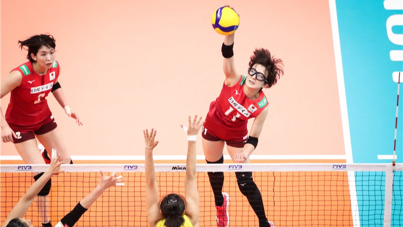 PLUMMER & NABEYA LEAD AIRYBEES INTO FINAL FOUR IN JAPAN