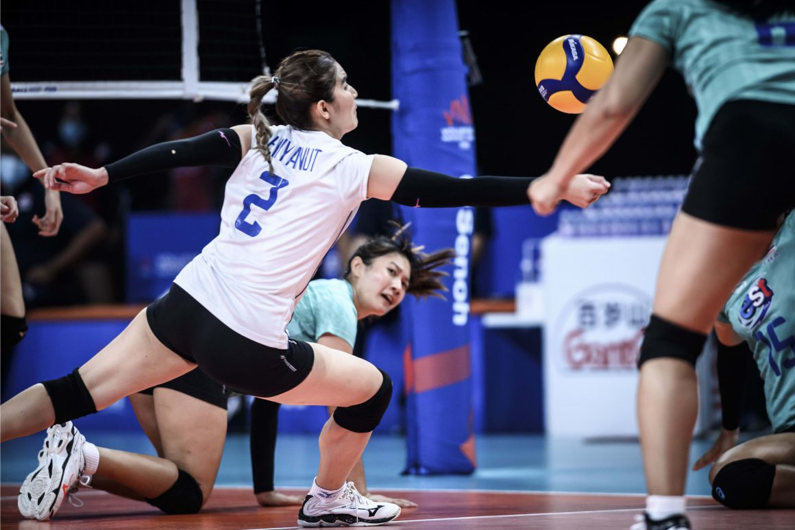 THAILAND GIVE IT ALL-OUT, BUT FIND DOMINICANS TOO STRONG