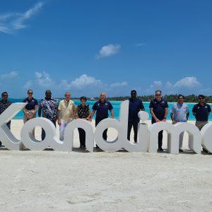 FIVB PRESIDENT VISITS KANDIMA MALDIVES TO EXPLORE PRO TOUR HOSTING POTENTIAL