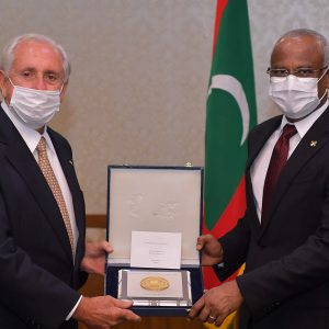 FIVB PRESIDENT MEETS WITH PRESIDENT OF THE REPUBLIC OF MALDIVES TO EXPLORE BRIGHT FUTURE OF BEACH VOLLEYBALL